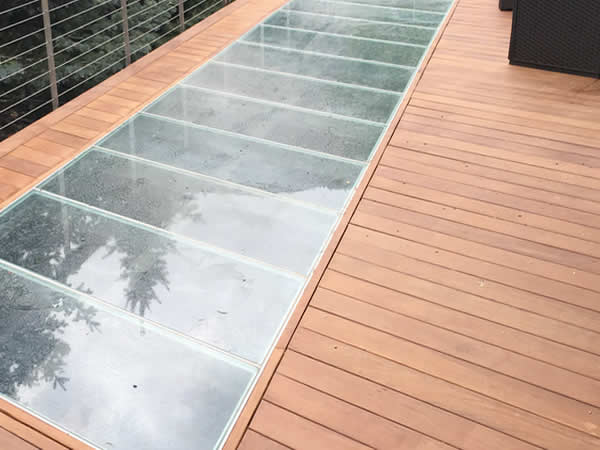 7 answers revealed unlock the mystery behind glass floors for Glass deck floor