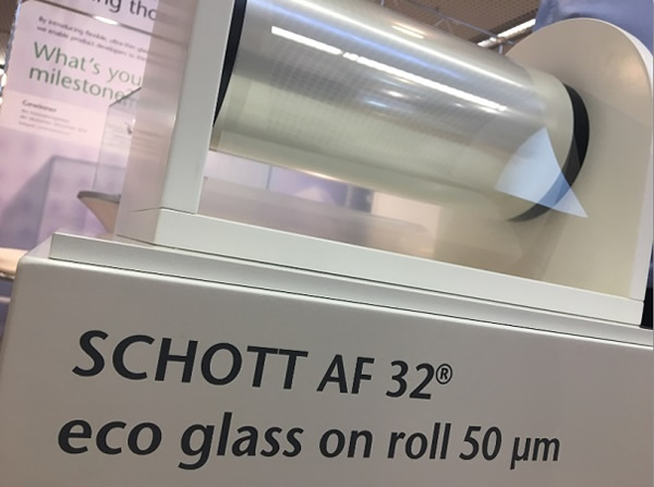 Glass on rolls – thanks to thin glass. By creating AS 87 eco, Schott has produced the world's thinnest glass ever. At 25 μm, it is thinner than a human hair. (Photo credit: Schott AG)