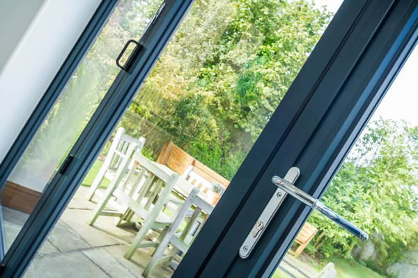 Sternfenster: Closing the Door on Inferior Home Security