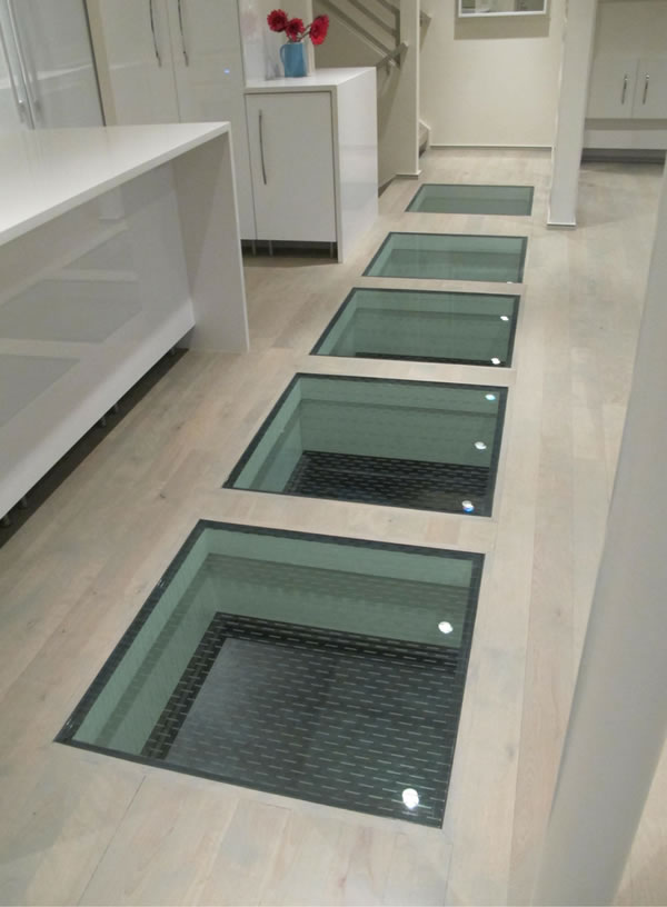 Are glass floor slippery?