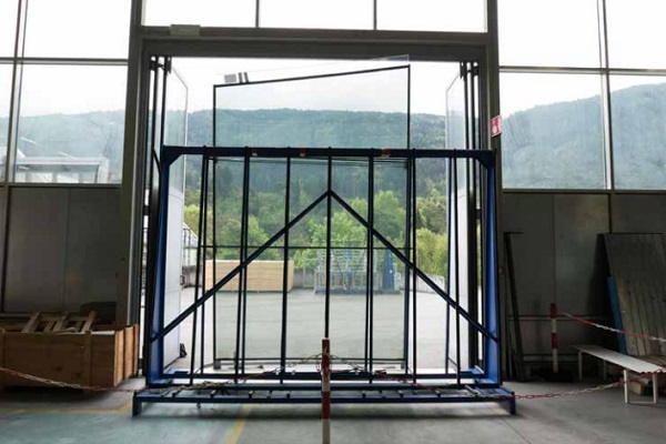 Figure 4: First glass unit at works of Frener & Reifer in Brixen