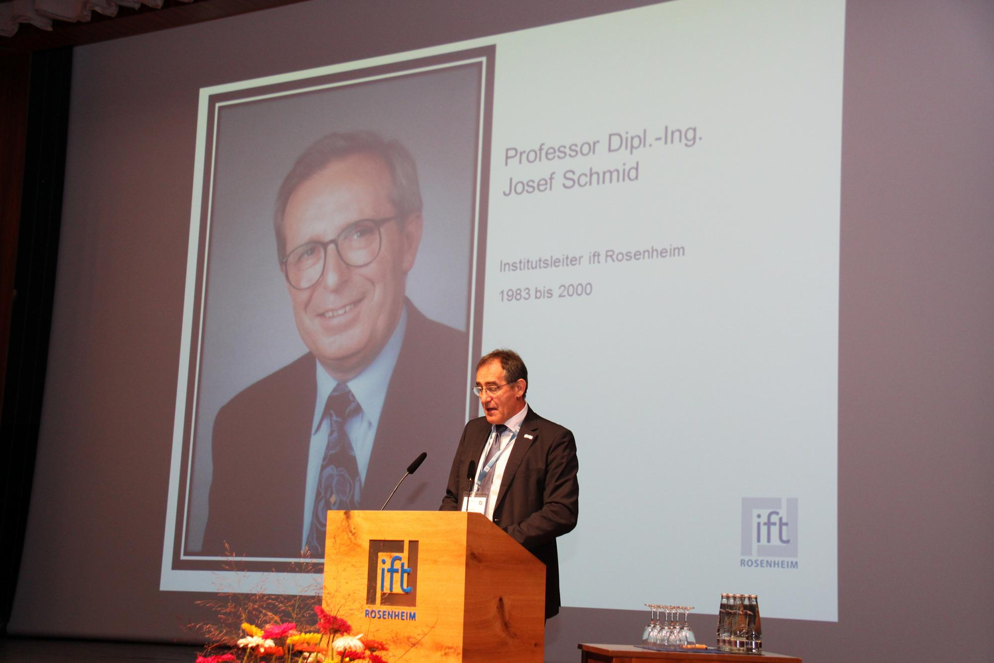 Chairman of the ift Board of Directors, Bernhard Helbing inaugurating the 44 International Rosenheim Window & Facade Conference and also remembering the Head of the Institute for a long tenure, Prof. Josef Schmid, who had passed away suddenly in September. (Source: ift Rosenheim)