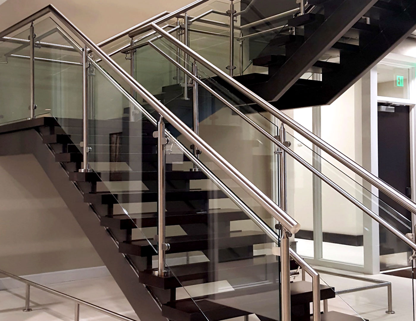 Trex Commercial Products | glassonweb com