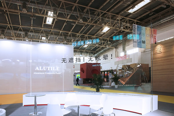 Ultra-large curved tempered anti-reflective laminated glass