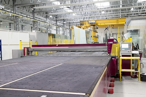 3,500 IG unites per day are generated by four LiSEC cutting lines and three IG production lines.
