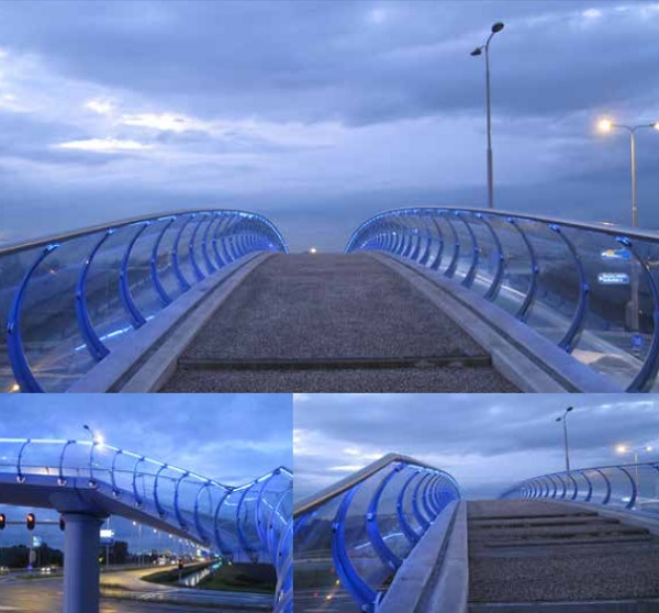 Pedestrian bridge | Bleiswijk | 150 m² | Fini Curve VSG (laminated glass) 66.4 / float