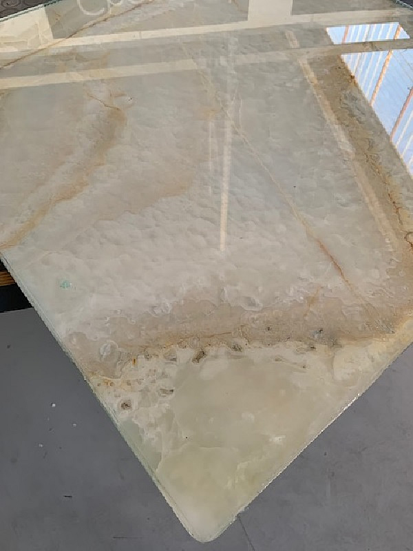 RCN SOLUTIONS: glass and marble, not an accidental experience