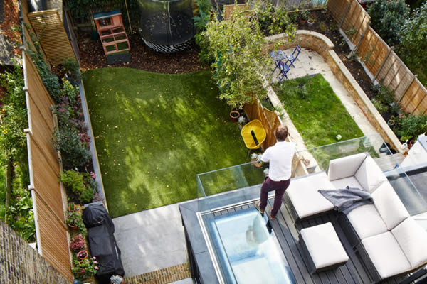 Refurbishment and extension project utilise flushglaze walk on rooflights to positively impact liveable space