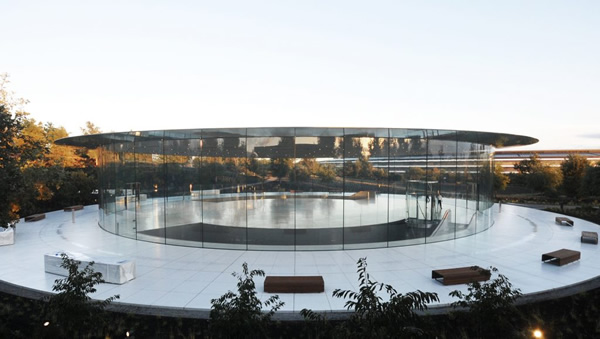 The 1,000-seat theatre, which is part of the new Apple Park Campus, embodies late founder Steve Jobs' legacy. (Photo: © Eckersley O'Callaghan)