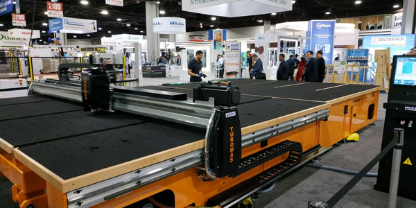 Turomas and IGE at GlassBuild America