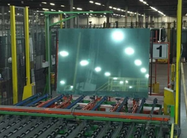 Decontaminating Glass Surfaces