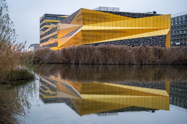 EXPLORiT - the new heart of Y-Parc, the largest technological park in Switzerland in Yverdon-les-Bains © EXPLORiT