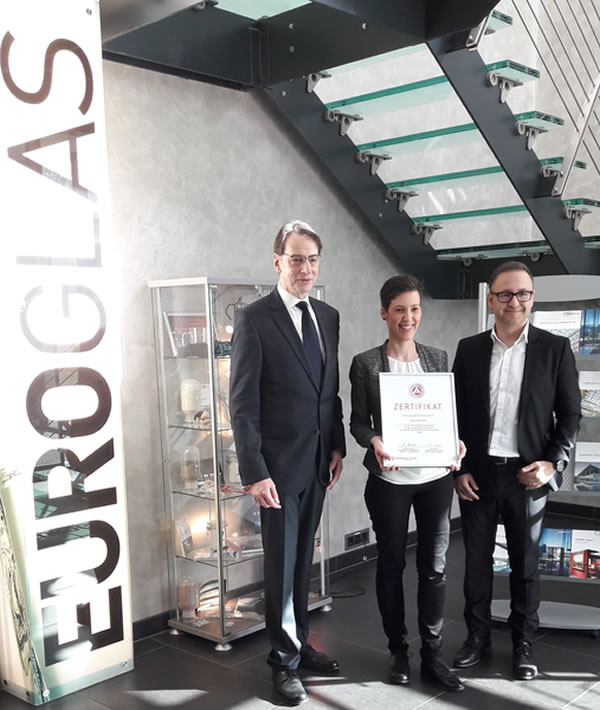 Euroglas: Award for outstanding vocational training