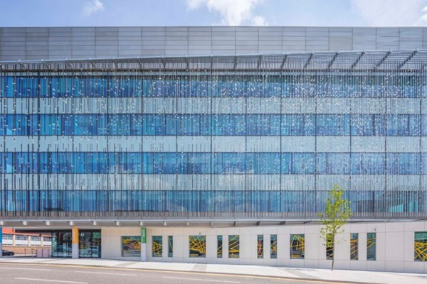 Sapa shows design flare on Nottingham Life Science project
