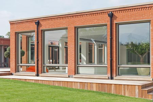 Thermally Efficient Metal Windows In A Contemporary Extension