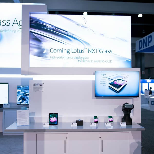 Corning Showcases Advanced Glass Technologies at Display Industry Event