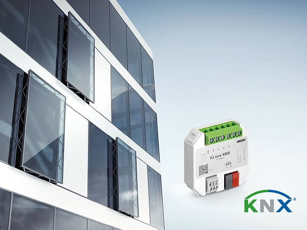 The window drives from the GEZE IQ window drives range can be integrated into KNX building systems via the IQ box KNX interface module. Photo: GEZE GmbH