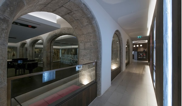 Indeglas internal glazed screens at two prestige Edinburgh sites feature in RIAS award winning projects