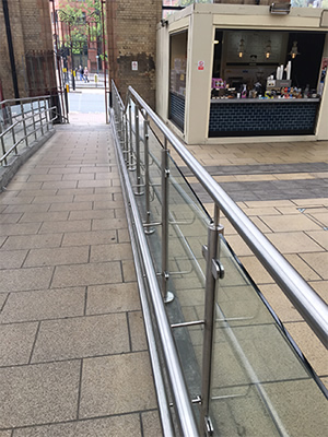 TUFWELL INSTALLS STYLISH NEW GLASS BALUSTRADE SYSTEM AT LEICESTER TRAIN STATION