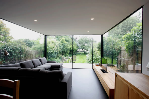 KELLER minimal windows® as modern patio doors to new build home in Guernsey