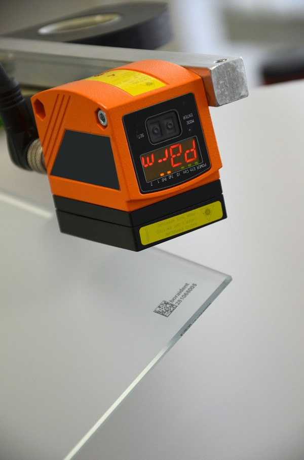 The machine-readable laser marking enables real-time production monitoring and optimisation of the downstream process.