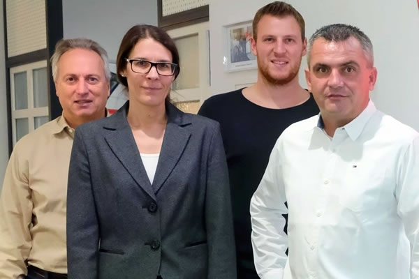 Software partnership for 12 years. From the right: Martin Gugelfuss, Managing Director; Max Gugelfuss, Sales Manager; Nicole Dießel, A+W Cantor Sales; Josef Aigner, IT manager at Gugelfuss