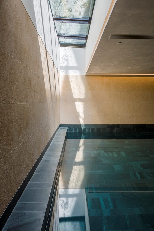 Walk-on Multi-section Flatglass Rooflight – 50 St Edmund's Terrace – Interior
