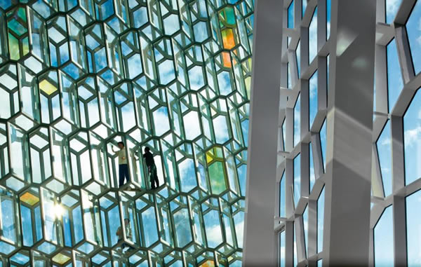When the building is art, this architectural glass is the palette
