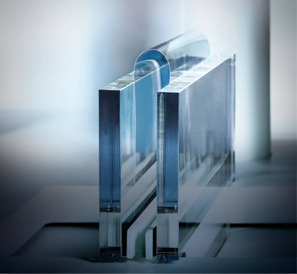 SCHOTT's ultra-thin glass is produced environmentally friendly at the plant in Grünenplan, Germany. Thanks to the SCHOTT down draw process for direct hot forming, the molten glass is pulled through a nozzle in the desired thickness levels.