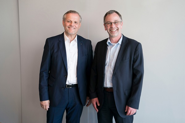 Picture credits: Schüco International KG (From left) Andreas Engelhardt, Managing Partner of Schüco, and Walther Sälzer look forward to working together.