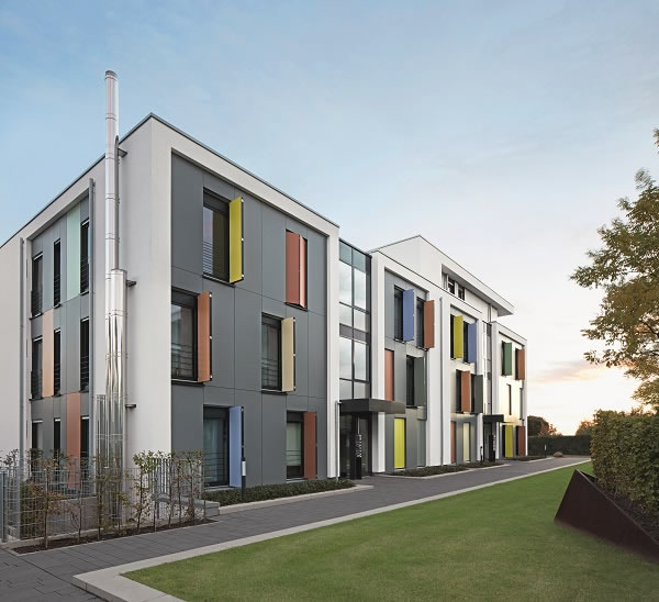 Schüco Corona SI 82 window units and doors are part of the holistic energy concept of the climate protection housing estate in Mönchengladbach.