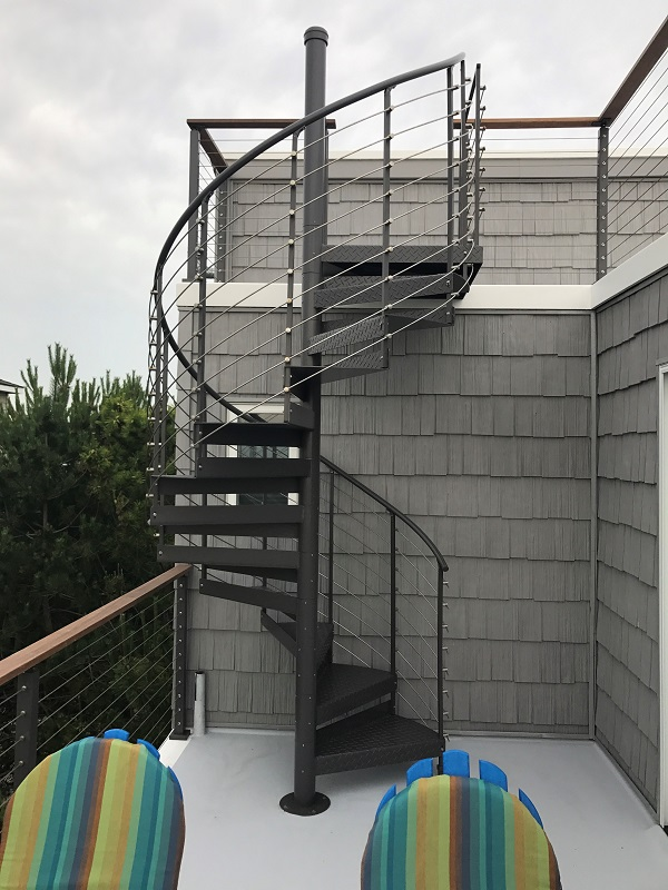 Trex 174 Spiral Stairs Introduces New Multi Line Railing