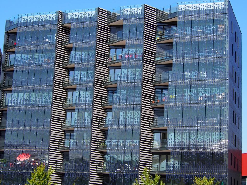 Glass Facade Hikari Project Glassonweb Com