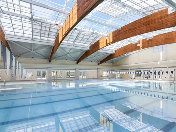 Retractable Roofs Are Affordable For Communities Of All Sizes Glassonweb Com