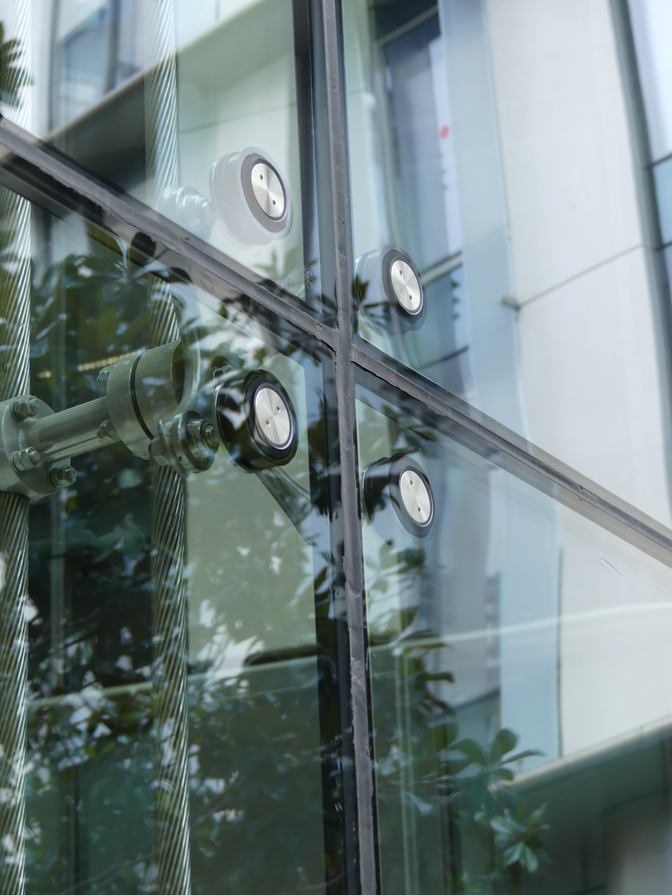 Insulating Glass Facade Office Building In Paris