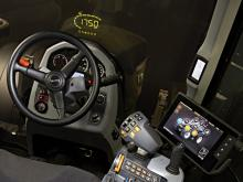 New Valtra SmartGlass to improve user experience and safety