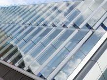 Suntuitive® Dynamic Glass continues to expand globally with installation of Dynamic Fins on the University of Cambridge Civil Engineering Building.