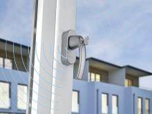 HOPPE SecuSignal® window handle with wireless communication for integration in Smart Home / Smart Building systems
