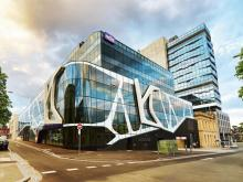 Suntuitive® Dynamic IGU Project: NDIS Headquarters, Geelong