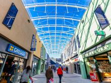 New vaulted glass roof brings sun lit year-round shopping to a Devon town | Pilkington