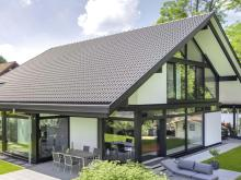 Glas Trösch Group: Healthy daylight, free solar heating and excellent thermal insulation