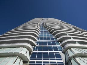 2929 Weslayan, luxury high-rise in Houston glazed with Solarban® 67 glass