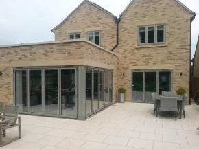 Aluminium Slimline Windows for Home Improvements and New Builds
