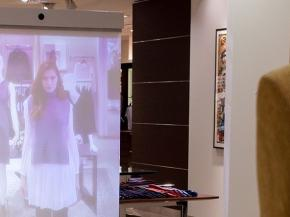 Inspired by Glass: Transparent Displays for Retail Applications