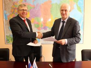 StekloSouz Russia signed a cooperation agreement with the Union of Winegrowers and Winemakers of Russia