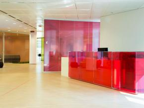 Glass furniture for companies that want to value the brand