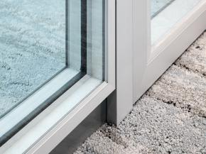 Wall-flush fire protection glazing