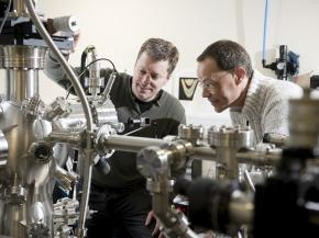 Dr Gavin Bell and Dr Yorck Ramachers in the laboratory, credit University of Warwick