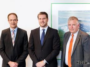 Dr Heinrich Ostendarp (1st from right) joined the Board of Management of the HEGLA Group, taking on oversight responsibility for Technology, Production, Supply Chain & Logistics and IT. (L to R) Bernhard Hötger, Jochen H. Hesselbach, Dr Heinrich Ostendarp