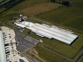 Guardian Glass invests in upgrade and modernisation of glass production lines in the UK and Hungary. Aerial view of Guardian Glass plant, Goole, United Kingdom.